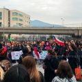 Foto de personas protestando