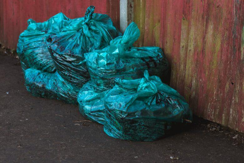foto de bolsas de basura