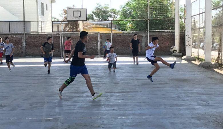 Foto futbolistas población carol urzua