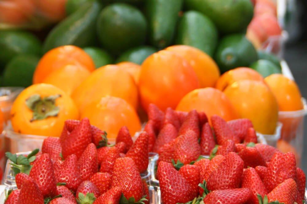 Frutas en feria de puente alto